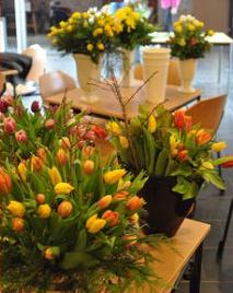 3. Bloemen op tafel